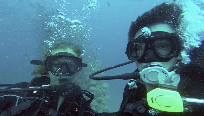 Pacific Ocean Scuba Diving In Costa Rica - centralamerica.com