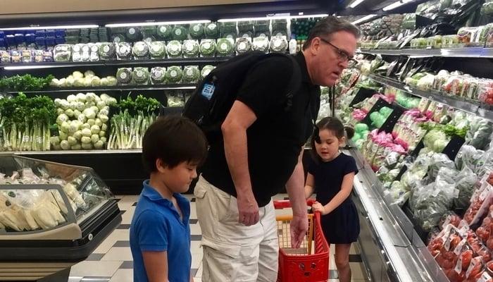 Shopping in El Dorado, Panama City