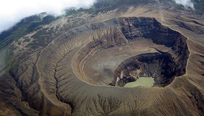 Hiking in El Salvador: The Santa Ana Volcano