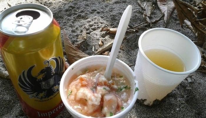 Costa Rica Ceviche Recipe / Ceviche and beers on the beach