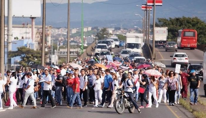 Costa Rica Strike, Sept 10, 2018 / La Nación Facebook Page / Photo Credit to Albert Marin