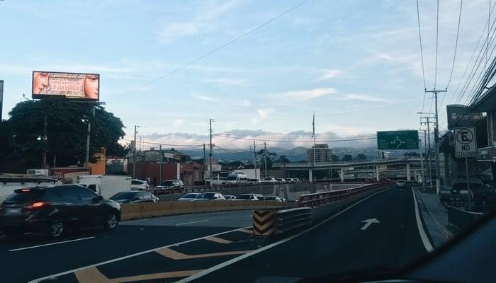 Renting in El Salvador / Patricia Trigueros