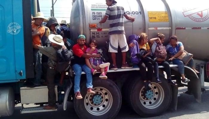 Central America Migrant Caravan / Paola Gomez Facebook Page