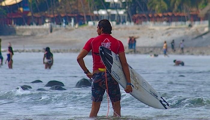 Surf City El Salvador: Photo credit to Gerardo Calderon