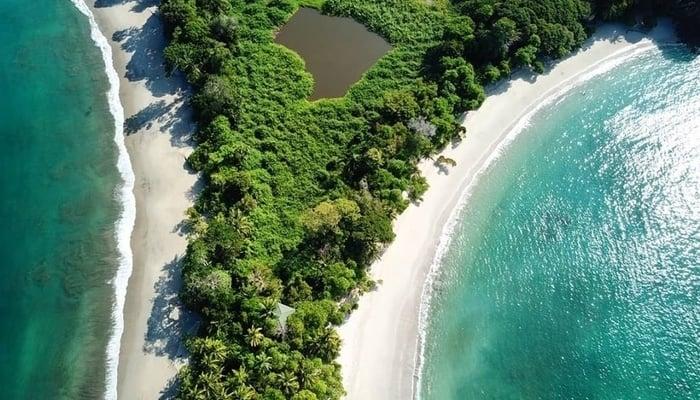 Costa Rican Tourism / Manual Antonio National Park / Photo credit to Adam Baker