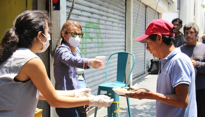 Donating food in Guatemala City during the COVID-19 pandemic
