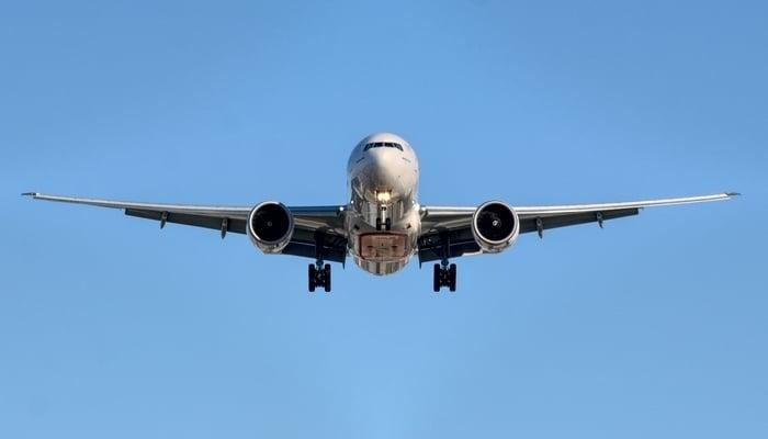 Costa Rica flight info / Photo by HAL9001 on Unsplash