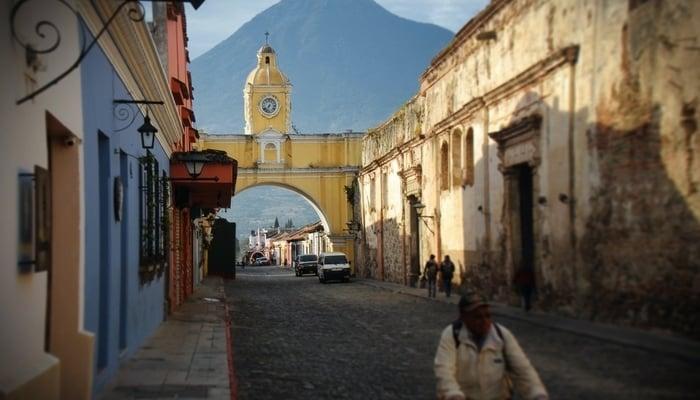 Guatemala tourism crisis / Photo by Jeison Higuita on Unsplash