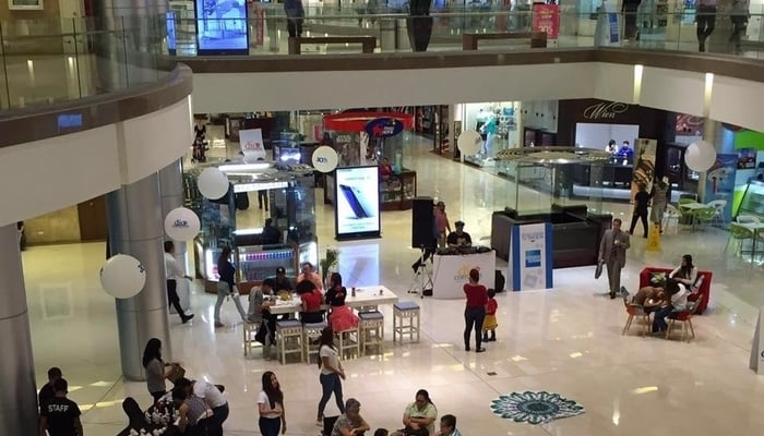 Costa Rica Unemployed / Multiplaza Escazu / Multiplaza Costa Rica Facebook Page
