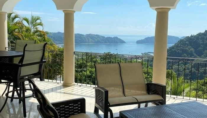 Buying a Costa Rica Vacation Rental | centralamerica.com