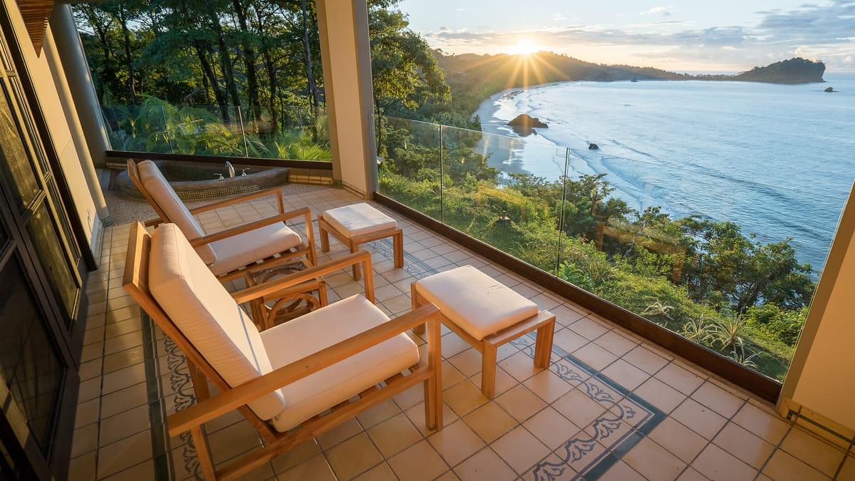 Costa Rica Tourism Bond